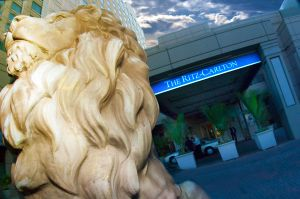 c25-Ritz-Carlton-front-lion-final-Liliane.jpg